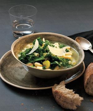 bean kale soup